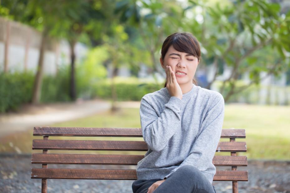 dental emergencies or toothache dental care aliso viejo ca